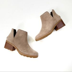 SOREL Cate Waterproof Suede Cut Out Bootie 8 NWT